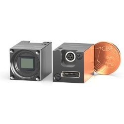 Smallest industrial USB3 camera with 18 Mpix color sensor