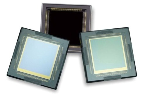 A picture illustrating three sCMOS scientific CMOS sensors on a white background